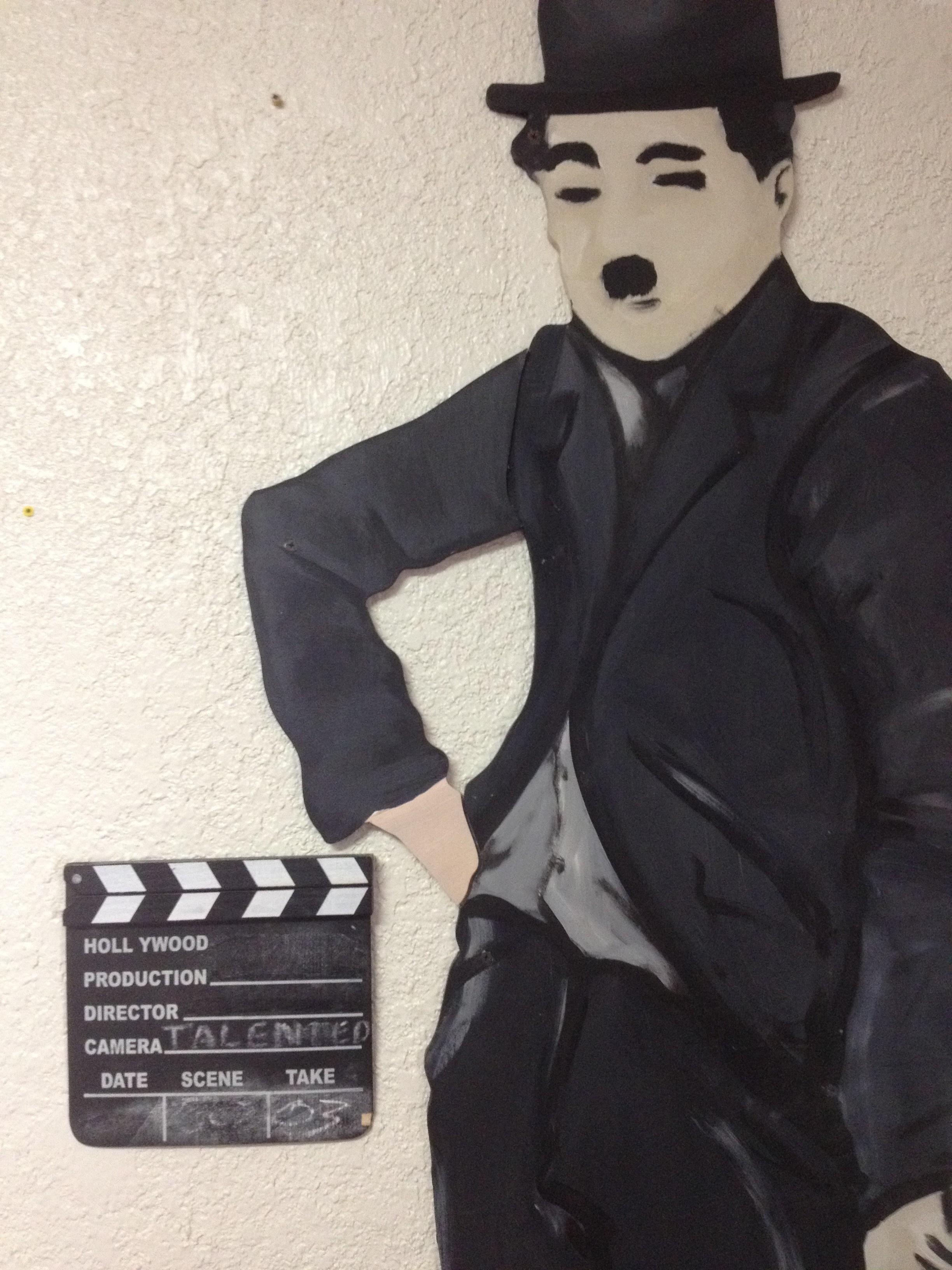 short essay on charlie chaplin Charlie chaplin talks back - charlie chaplin essay example charlie chaplin's modern times is a satire of the modernization.